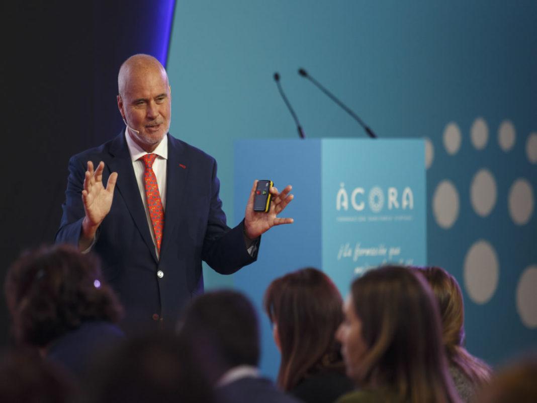 Imagen de una charla formativa de Ágora Sanitaria en Infarma